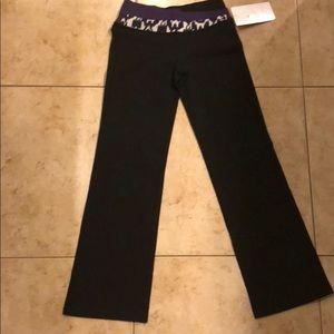Lululemon Groovy Pants Size 6
